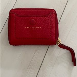 Marc Jacobs pebbled leather zipup card case wallet